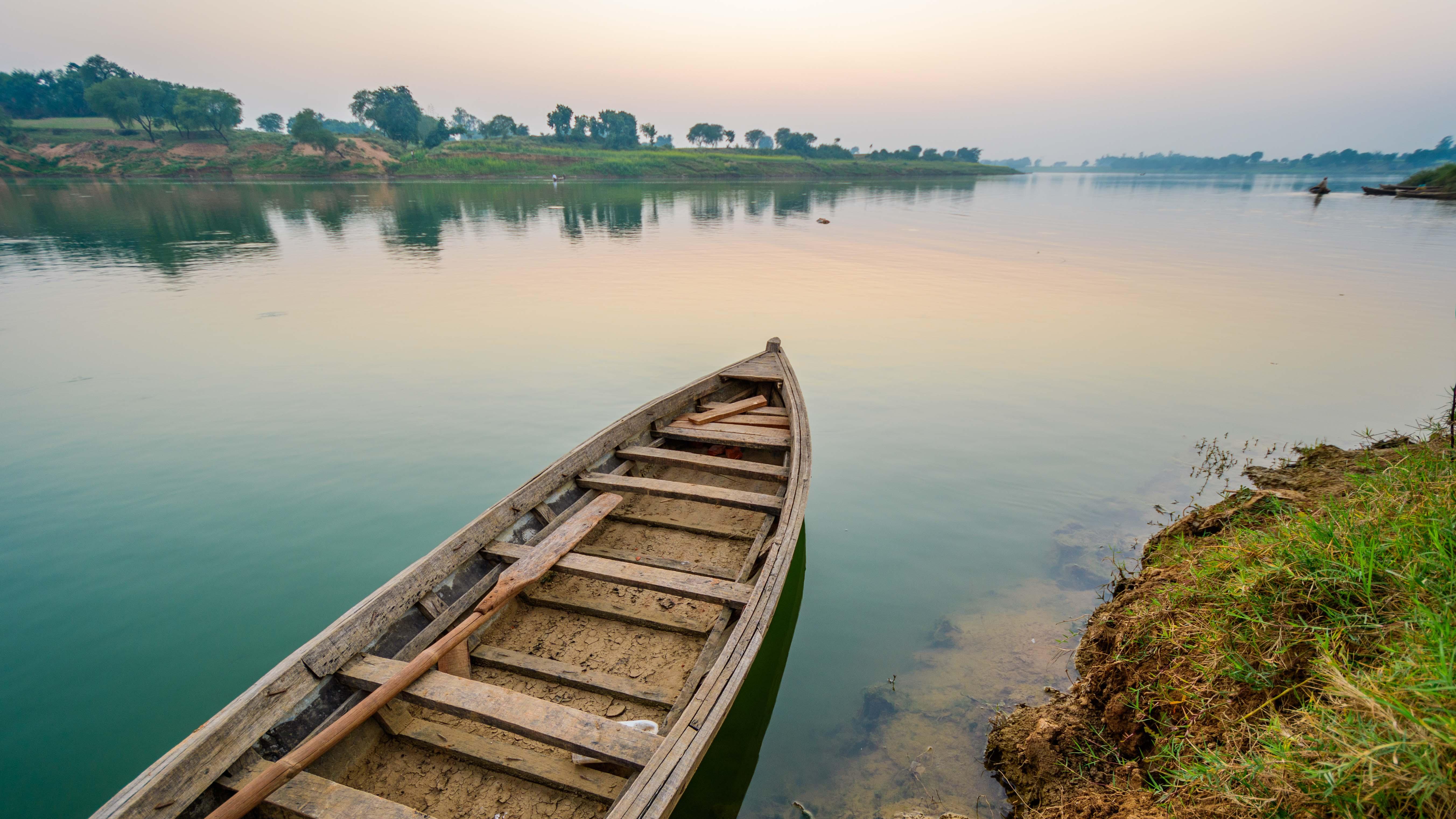 Villag - Boat ride