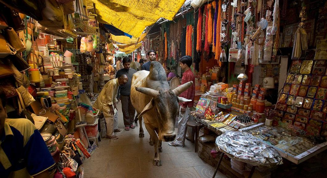 Rishikesh-Narrow market streets
