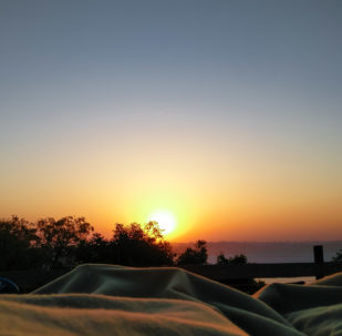 Sunrise in Bed